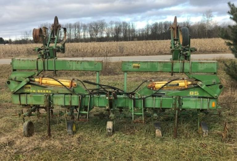 John Deere 8-Row Cultivator, Was Used as a 6-Row, CN1035