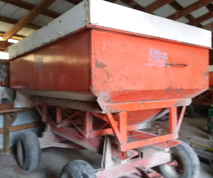 Killbros 350-Bushel Gravity Wagon on 8-Ton Running Gear, 11Lx15 Tires, One Owner, Housed, CN1009