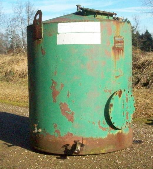 "1000-Gallon Above Ground Fuel Storage Tank, Or for Any of Your Chemical or Liquid Storage Needs on the Farm, Has Safety Valve and Gate Valve on Outlet, Also Fitting Cap and Tank Vent, Approximately 5'6"" Diameter x 7' Tall, Good Condition, CN1076"