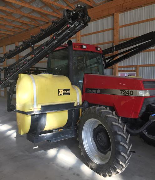 Case 7240 FWD Tractor, (7376 Hours), Tires at 70%, 320/50 Tires, Duals Included, Paint is Very Good, Clean, Serviced and Ready to Work, One Owner, Tanks and Sprayer are NOT Included, CN1027