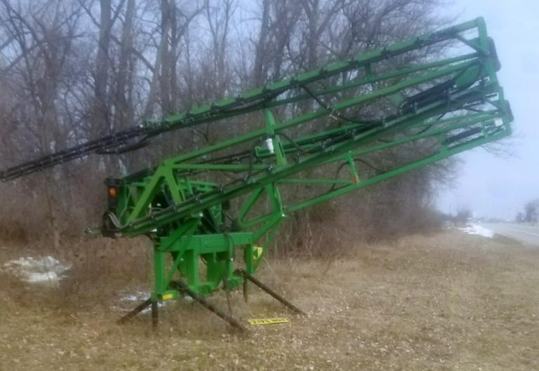 "2006 Fast Spray Booms, 90', 15"" Spacing, No Cracks or Welds, Excellent Condition, CN1020"