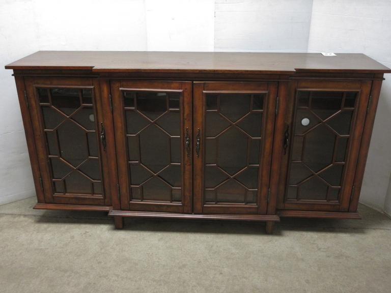 Burled Wood Credenza/Buffet Cabinet with Spiraled Glass Door Fronts, Well Made