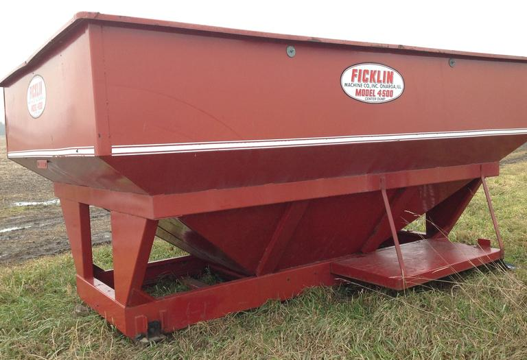 Ficklin 4500 Detached Center Dump Gravity Box, Came Off a Grain Truck, CN1029 -  PLEASE NOTE YOU ARE BIDDING ON A FICKLIN AND NOT THE HUSKEE