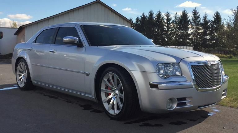 "2005 Chrysler 300C Rear-Wheel Drive Car, (Only 76,xxx Miles), 5.7 V-8, Lowered 1.5"", SRT-8 20"" Rims, Less than 1000 Miles on New Tires, Parked/Stored Every Winter in Heated Garage, Very Clean, Recently Detailed, Very Good Condition, Clean and Clear Title, CN1070"