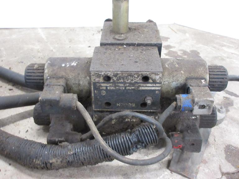 Electric Over Hydraulic Control Valves with Control Box, Off Artsway Beet Harvester