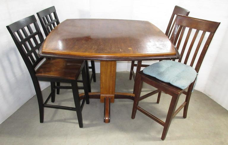 Pub Style Table and (4) Chairs
