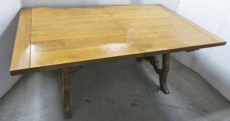 Harvest Table, Oak with Curved Legs and Curved Fancy Metal Accent Between Legs, Has Nice Knee Room at Both Table Ends