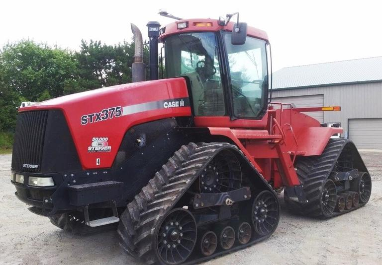 2005 Case International Harvester Quad Trac, (5230 Hours), S/N:  JEE0108685, 4-Remotes, Bareback, Undercarriage in Good Condition, Maintenance Records Available, Spare Trac Included to Replace Damaged One, Auto Steer System NOT Included, CN1118