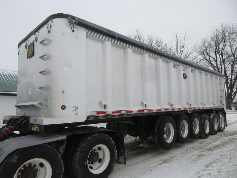 "2005 MAC 35' Aluminum Dump Trailer, 102"" Wide, 6-Axle (3-Down), 120"" Liner, Dual Line, Grain Door, 24.5 Tires, LED Lights.  New Shur-Lok Tarp in 2018."