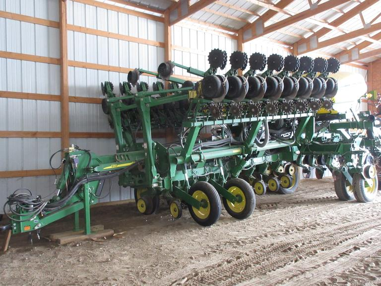 "2010 John Deere 1790 CCS 24 row 20"" Planter, Liquid 2 x 2, 400-Gallon Tank, T-Band Tips, Pneumatic Down Pressure, Copper Head Furrow Closing Wheels, Red Ball System on Fertilizer and T-Band, Row Shutoffs, Markers, Row Cleaners, Rear Camera, Manual Transmission.  New Openers, Fertilizer Discs and Press Wheel Arms in 2018!"