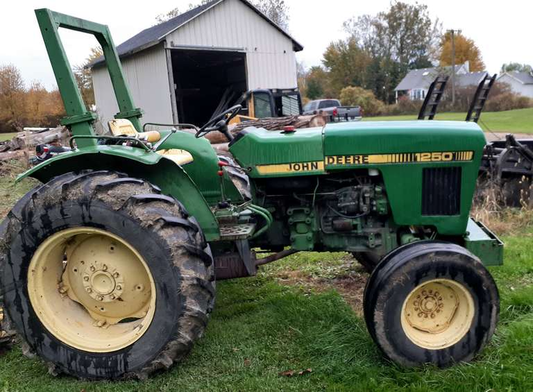 "John Deere 1250 Tractor with 60"" Finish Mower, 3-Point Hitch is Weak (Not Sure if Bad Valve or Something Else), Everything Else Works Fine, Both Tractor and Mower Work Great"