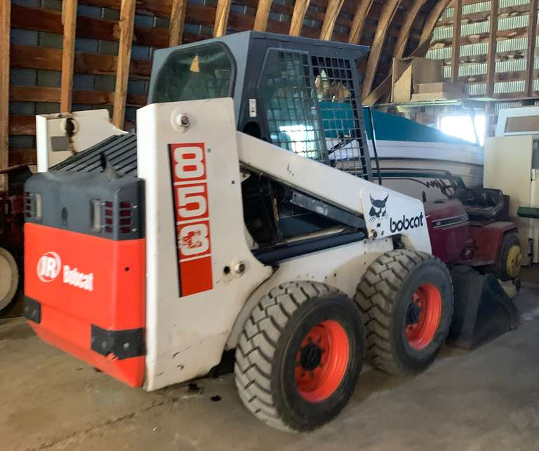 Bobcat 853 Diesel, (2632 Hours), Auxiliary Hydraulic, Cab, Heat, Tires have Less Than 50 Hours, Newer Paint, Complete Service, Second Owner