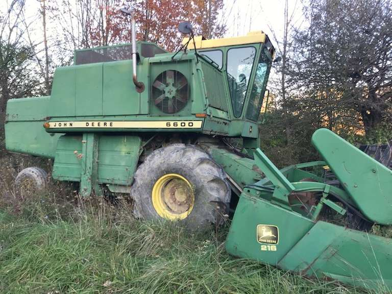 John Deere 6600 Combine, 329 Turbo Gear Driven, Runs Well but Will Need Work; Comes with a 216 Grain Head, Good Condition