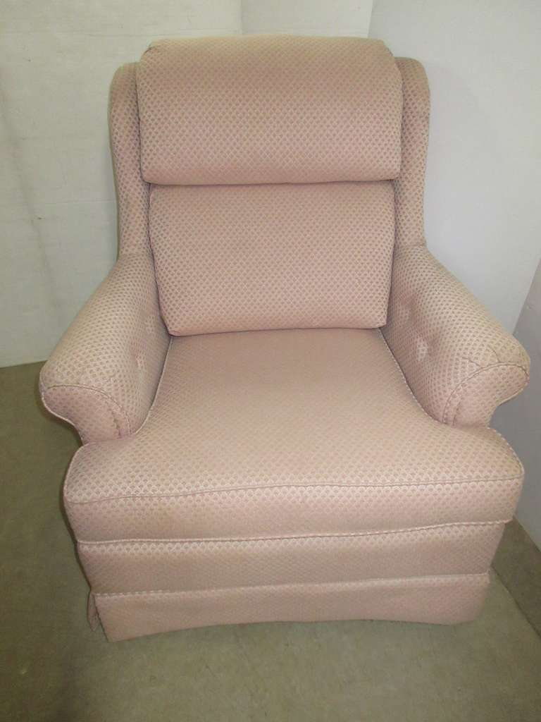 Mauve La-Z-Boy Swivel Rocker