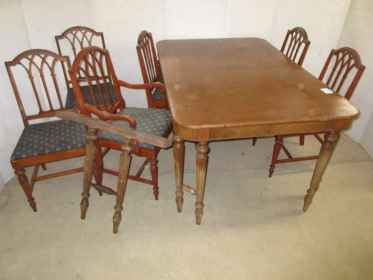 Antique Table, (6) Chairs, and Leaf Supporter