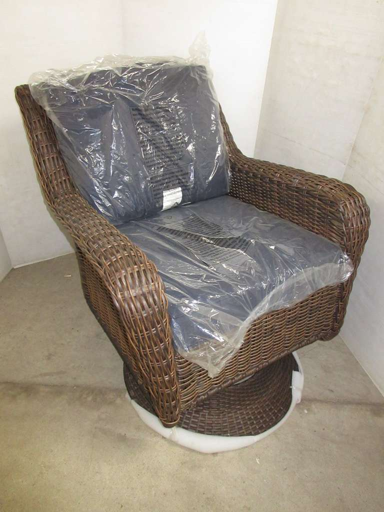 Hampton Bay Cambridge Brown Wicker Swivel Rocker