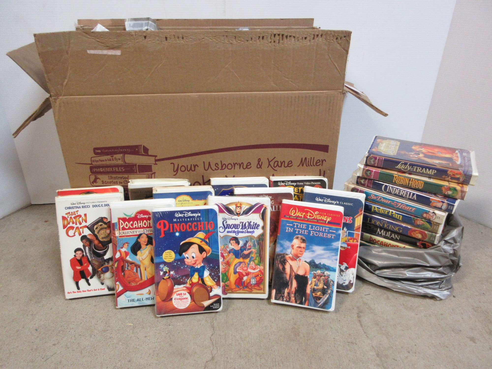Albrecht Auctions 40 Vhs Tapes All Clamshell Disney Kids Movies Include Lady And The Tramp Robinhood Peter Pan And More