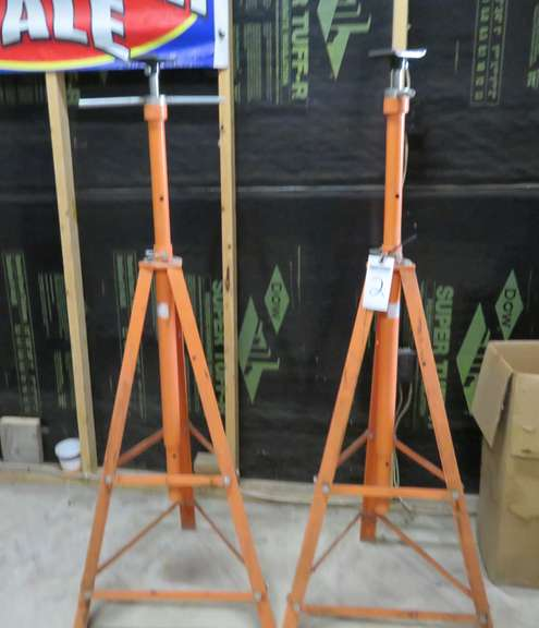 (2) Tripod Jack Stands, Stands Used to Support Car on Lift