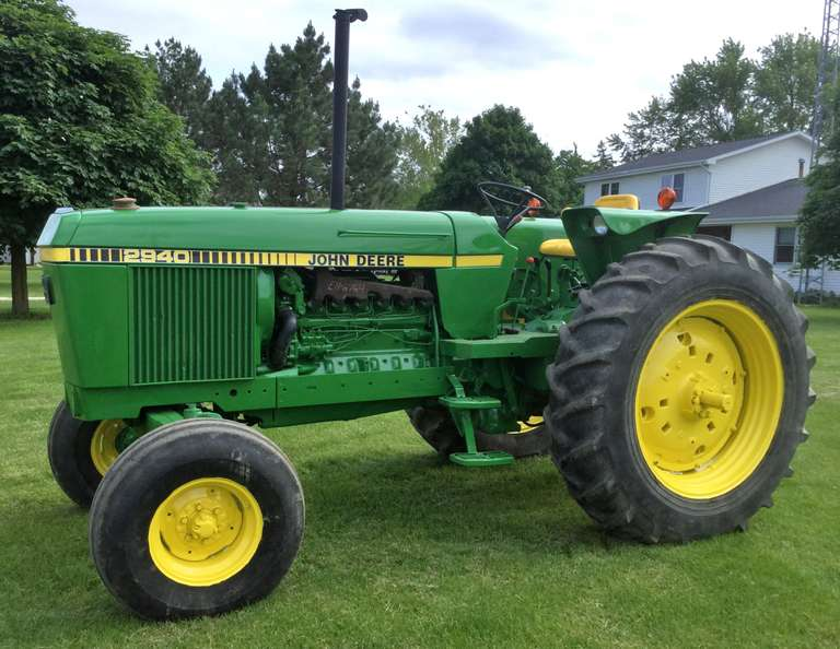 1980 John Deere 2940 Tractor, (10,850 Hours), Sharp, Starts Very Clean and Easy, Shifts Out Nice and Smooth