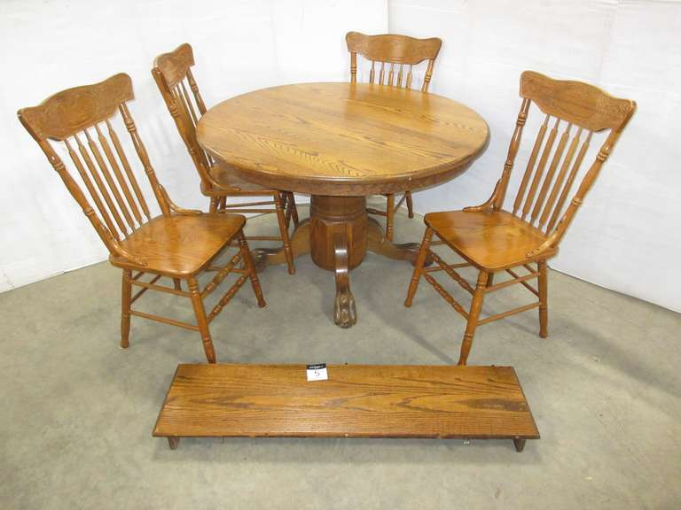 Dining Room Table, (4) Chairs, and Leaf