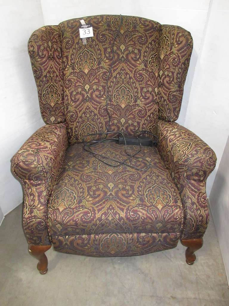 Queen Anne Electric Recliner, Buttons on Side