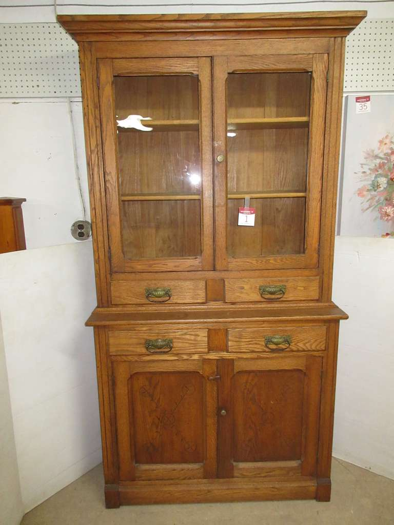 Antique Oak Hutch/Stepback Cupboard, Spoon Carved Bottom Doors and Glass Upper Doors, Has Four Drawers, Two-Piece Unit, Hook and Eye to Hold Doors Closed