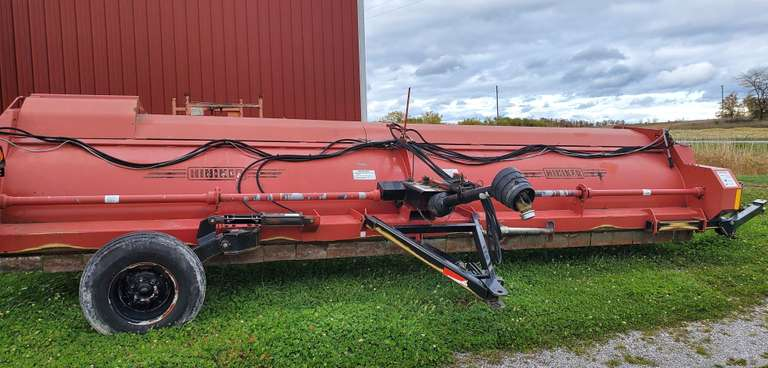 "Hiniker 8-30"" Row Stalk Chopper, 20' Wide, Will Windrow or Spread, End Transport, Big 1000 RPM PTO, Good Tires, Flails 60%"