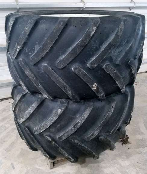 Michelin 710/55R30 Tires at 50% Tread with Rims, Came Off Ford New Holland 8970 Front Axle, Will also Fit Some Other Models