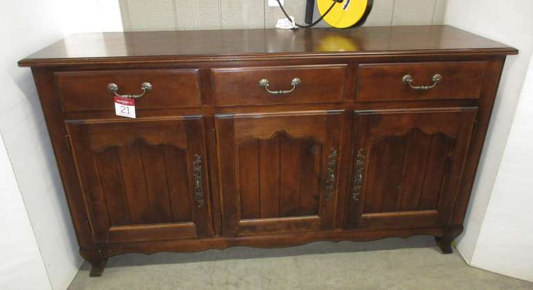 Nichols & Stone Co. French Country Style Dining Room Dark Wood Buffet Sideboard with Three Upper Felt Lined Drawers and Three Bottom Shelved Areas, Matches Lot No. 49