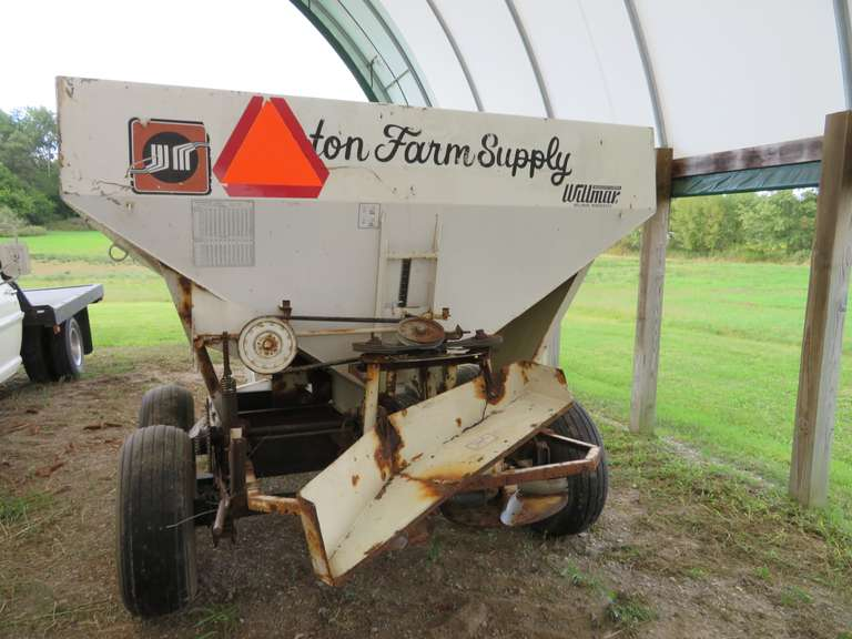 "Wilmar 500 Fertilizer Spreader, Tandem Six-Lug Axles, 11L-15 Tires, 540 PTO Driven Shaft, 92""W x 96""L Steel Hopper, Stainless Steel Conveyor Chain, Dual Spinners, Pin Hitch, Jack is Broken, Works"
