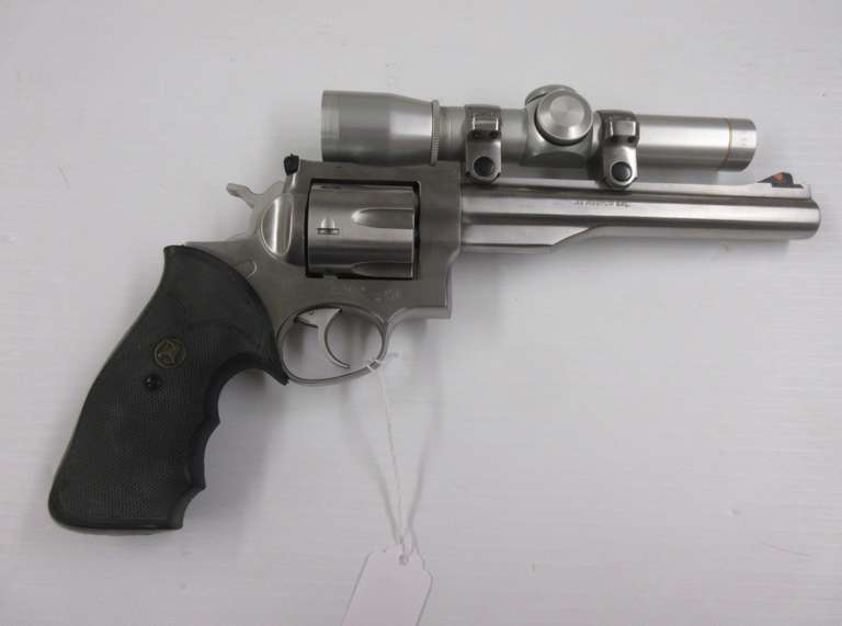 "Ruger Redhawk .44 Magnum, Stainless Steel 7 1/2"" Barrel with Leupold Scope"