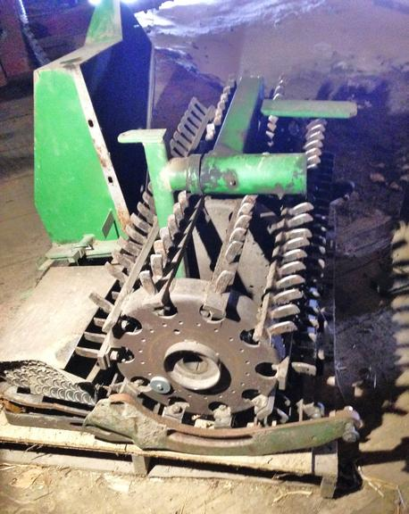John Deere Spike Tooth Cylinder with Concaves, Plus Feeder House Screens, Complete, Came Off 6620 John Deere Combine