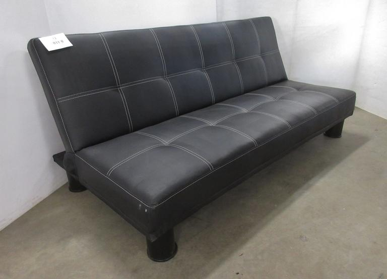 Crown Mart Inc. Futon/Sofa