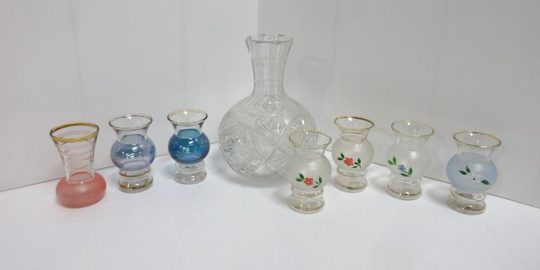 Large Vase and (7) Assorted Small Vases