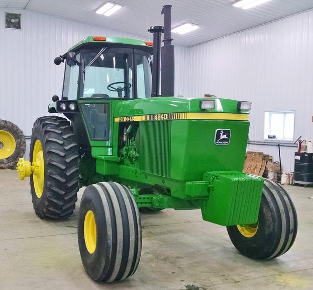 1982 John Deere 4840 2WD Tractor, (11,051 Hours), 8-Speed Powershift, 3-Hydraulic Outlets, 1000 PTO, Duals, 20.8-38 Rears, Engine Overhauled at 7800 Hours, Everything Works as it Should, All Serviced and Ready to Go to Work, Housed, Very Nice Tractor