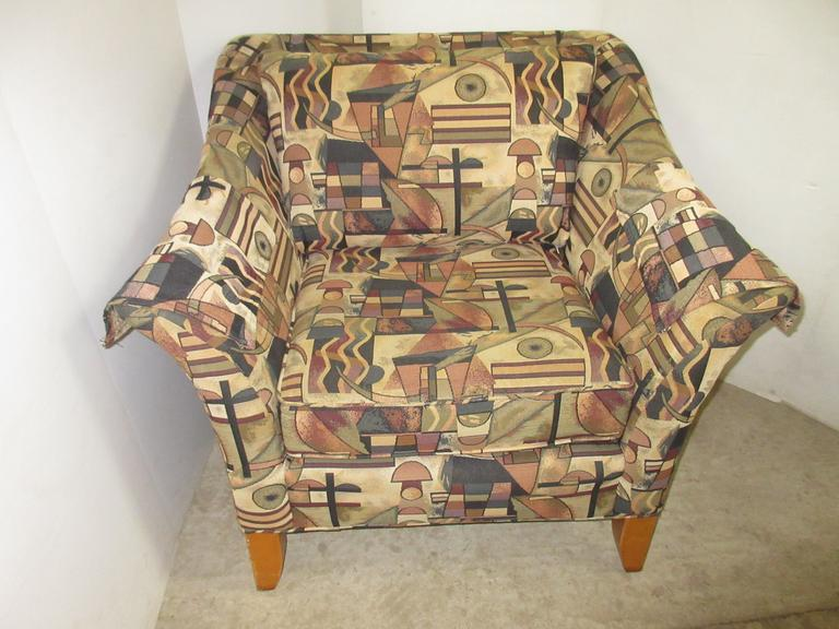 Deep Seat Low Back Chair, Has Back Pillow and Arm Covers