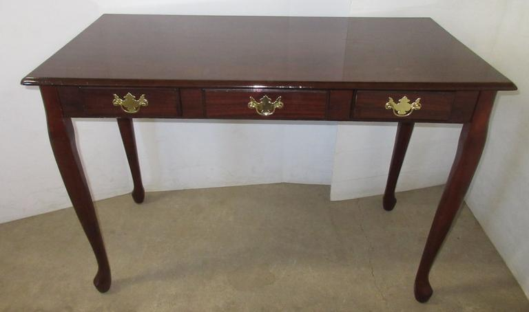 Queen Anne Sofa Table with Drawer