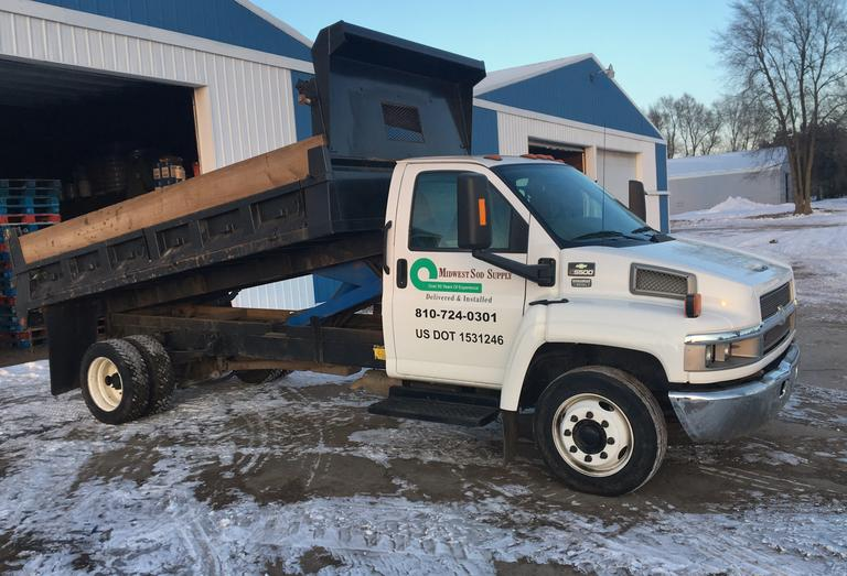 2005 Chevrolet C5500 Duramax Diesel Automatic Dump Truck, (58,000 Miles), Clean and Clear Title, CN1186