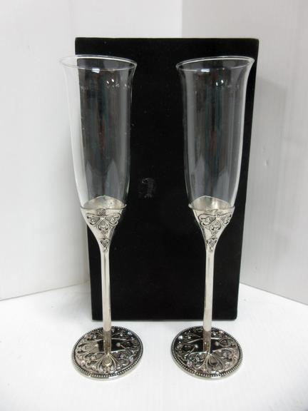 (2) Wine Glasses in Black Box