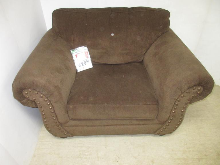 Simmons Oversized Brown Nailhead Tufted Rolled Arm Style Lordoma Sitting Accent Chair, Seller States Paid $329 when New