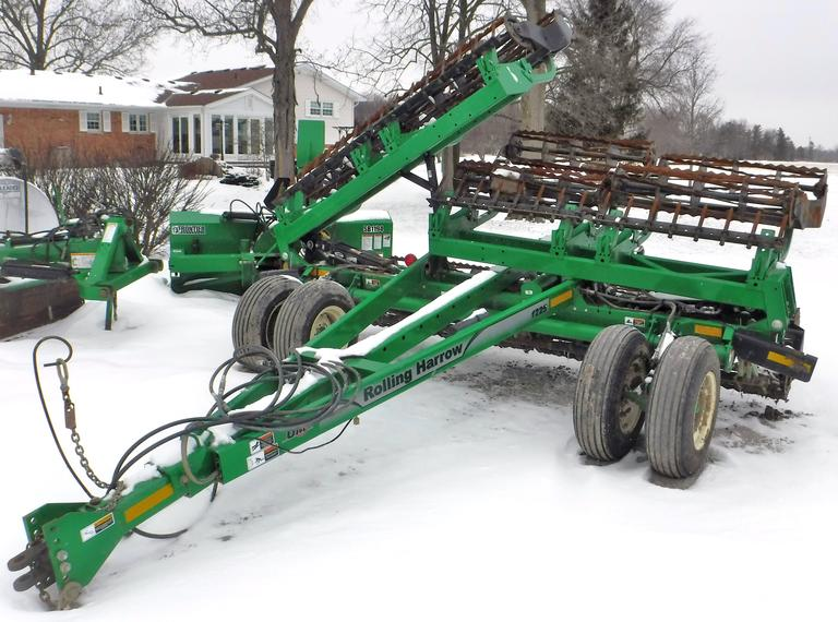 2011 Unverferth 1225 Rolling Harrow, 25' Working Width, Double Rolling Baskets, Spike Leveler Bar, Always Housed, Farmer Retiring