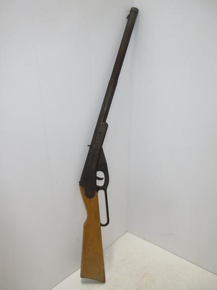 Albrecht Auctions | Daisy BB Gun, Made in Plymouth, MI