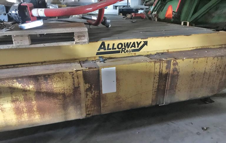 "Alloway 8-22"" Row Beet Topper, Front Two Drums have Richmond 8-Bar Flail Units on, Belt Drive, Good Condition"