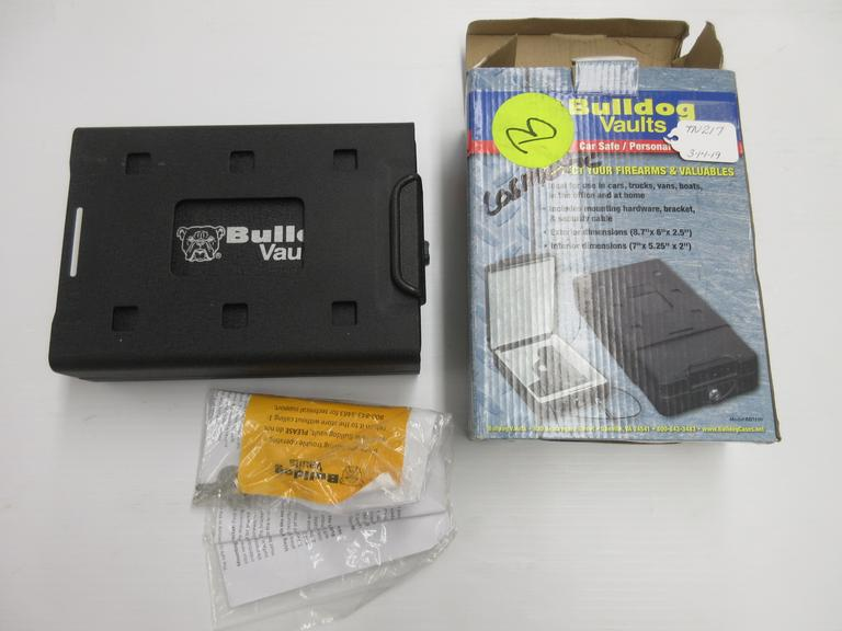 Bulldog Car Safe/Personal Vault, Model BD1100
