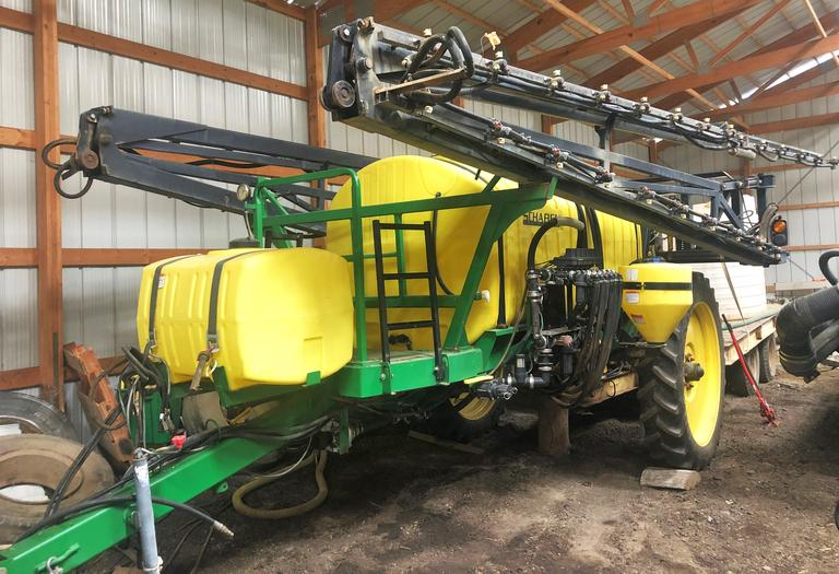 2012 Schaben 8500 Sprayer, 1250-Gallon, 90' Booms, Automatic Rate Control, 3-Nozzle Rotate, Boom Fold Control and Raven Controls, Extra Tips and Nozzles, Excellent Condition