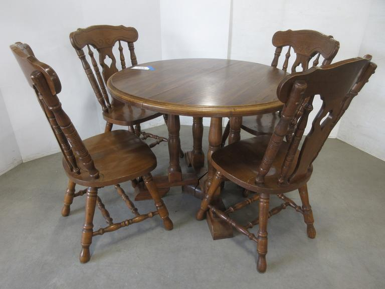 Wood Dinette Table witH (4) Chairs