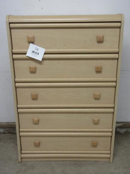 Wood Grain Blonde Finish Chest of Drawers