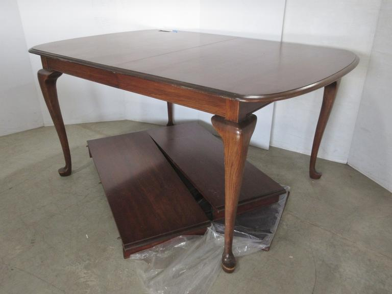 Queen Anne Style Table with Two Leaves and Pads