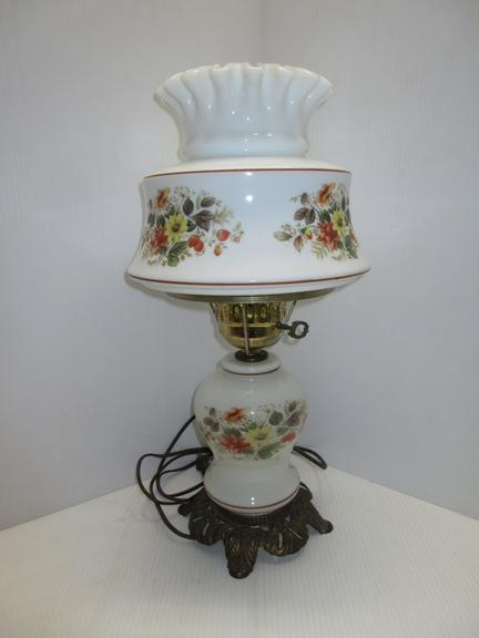 Older Gone with the Wind Lamp, Floral Painted, Accurate Castings