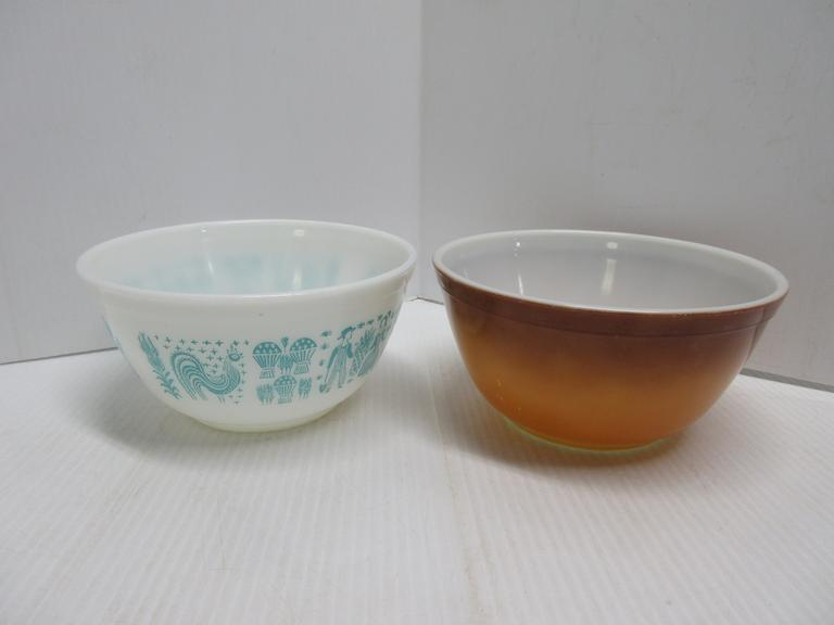 (2) Pyrex Bowls: 1- Brown and Gold 1 1/2-Quart; 1- Amish or Country 1 1/2-Quart